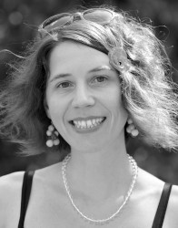 Lenka Ovcackova - Filmemacherin & Regisseurin @ ROGEON Verlag